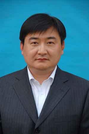 王鑫1.jpg