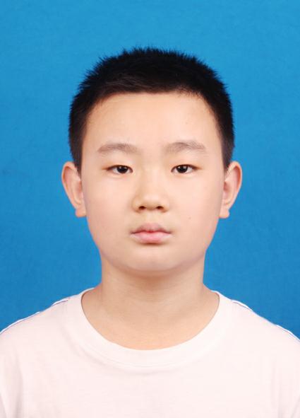 新时代好少年:新泰市第一实验小学四年级1班刘靖川一寸照片.jpg